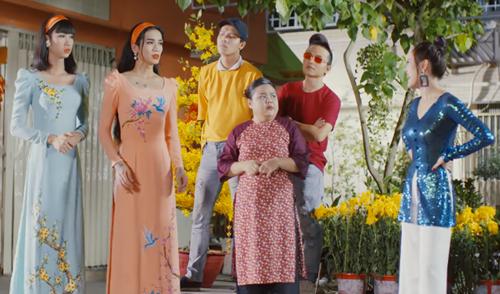 BB Trần mời Hải Triều và nhiều nghệ sĩ cùng tham gia tiểu phẩm vui.