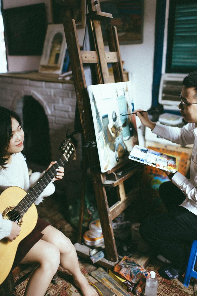 Uyên ương hóa thân thành họa sĩ, nhạc công trong bộ ảnh cưới