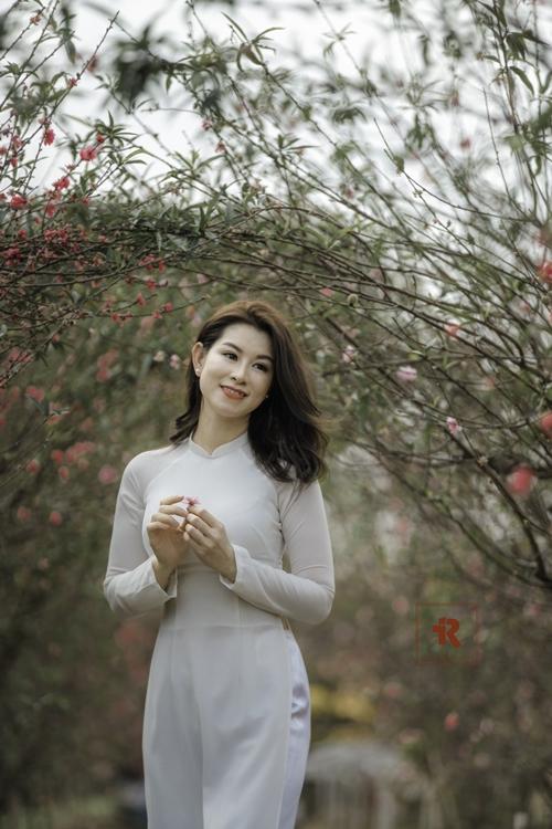 Diễn viên Huyền Trang được yêu mến qua vai diễn nữ cảnh sát Phương Nam trong Cầu vồng tình yêu.
