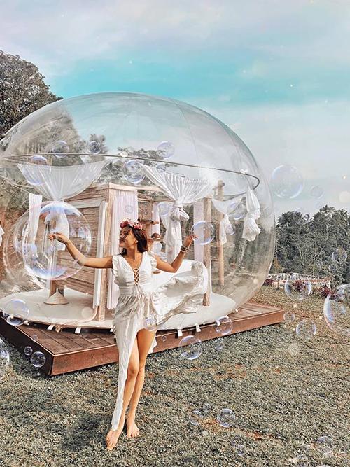 Cô gái Sài Gòn lơ lửng trong khách sạn bong bóng đẹp như cổ tích ở Bali - 1