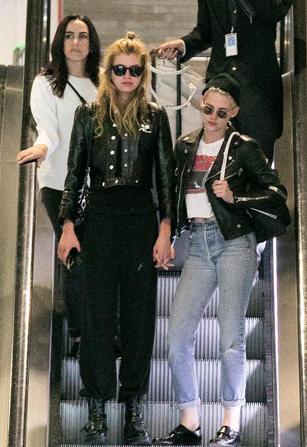 Trước đó, Kristen có hai năm gắn bó với thiên thần nội y Victorias Secret, Stella Maxwell (trong ảnh). Hai người lặng lẽ chia tay vào đầu mùa thu năm ngoái.