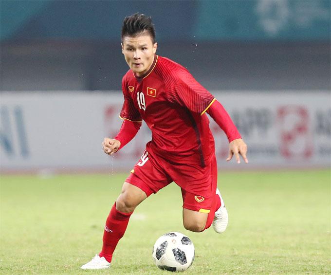 Quang Hải trong màu áo tuyển Việt Nam.