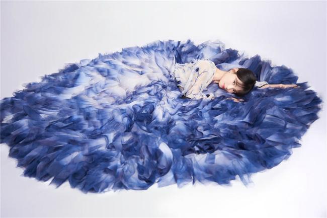 A Châu Lưu Đào đẹp như tiên nữ trên sân khấu chào xuân - 8