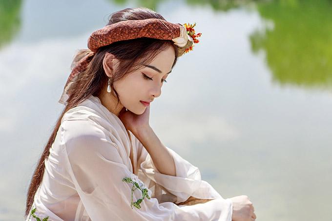 Cô tiếc cho mối tình không thành của nàng Điềm và Trạng Quỳnh trong tác phẩm điện ảnh do đạo diễn Đức Thịnh chỉ đạo thực hiện.
