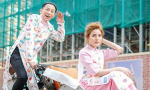 Hữu Tiến đạp xích lô chở con gái cưng đi chơi Tết