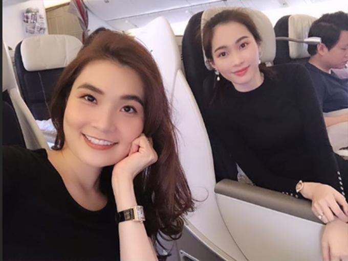 Vợ chồng Hoa hậu Đặng Thu Thảo đi du lịch đầu xuân cùng bạn bè.