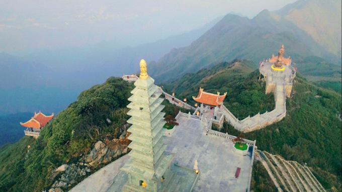 Dáng chùa Việt trên đỉnh trời Đông Dương - 9