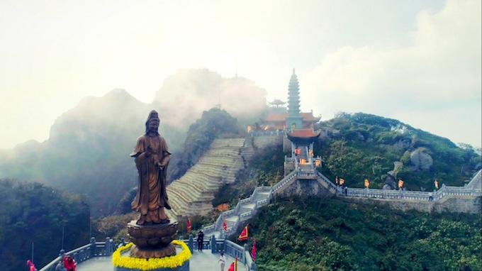 Dáng chùa Việt trên đỉnh trời Đông Dương - 10