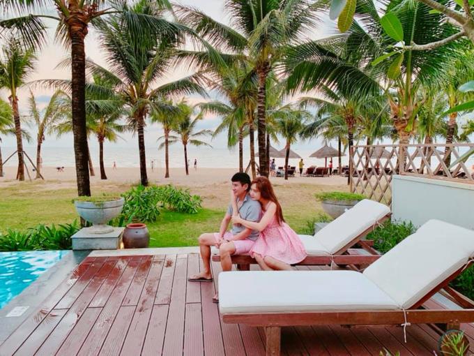 Vợ chồng Lý Hải - Minh Hà du lịch đầu năm.