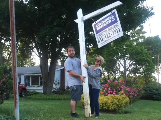 Vợ chông Jessica Booth mua nhà trước khi cưới. Ảnh: Jessica Booth.