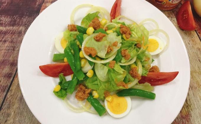 Salad cá ngừ mù tạt vàng