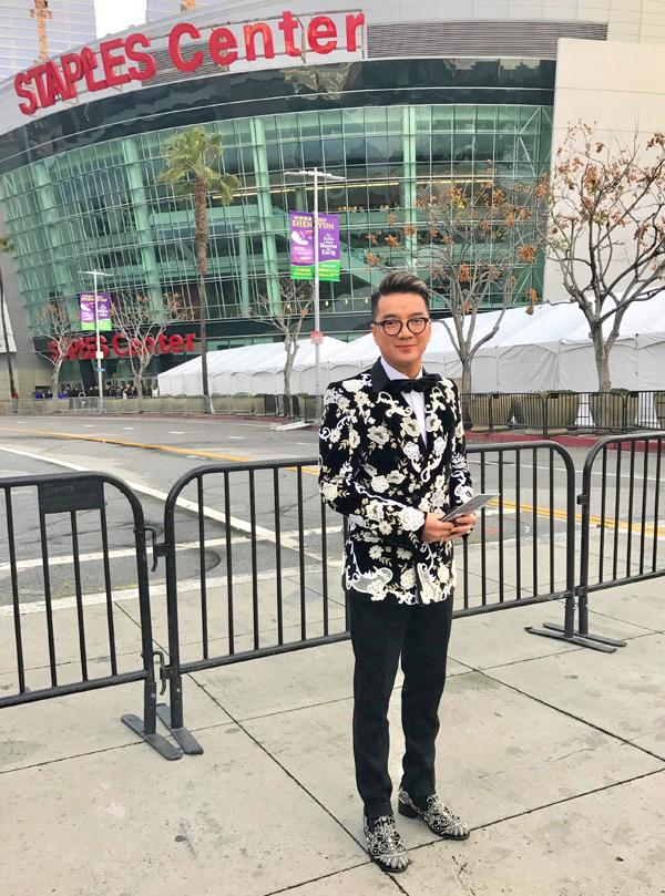 [Caption] Kết thúc chương trình, anh sẽ tham dự After party của Grammy 2019  Tiệc mừng Lễ trao giải âm nhạc lớn nhất hành tinh.