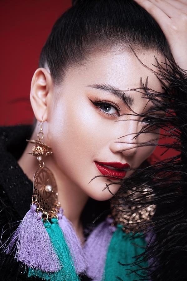 Khoảng giữa năm 2019, Phương Khánh sẽ tốt nghiệp đại học chuyên ngành marketing tại Singapore và cân nhắc việc học tiếp lên thạc sĩ. Sau đó, người đẹp gốc Bến Tre tập trung cho việc kinh doanh và tiếp tục hoàn thành sứ mệnh của một Hoa hậu Trái đất.