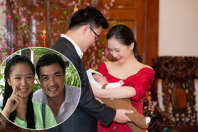 Đỗ Hà Anh chụp ảnh kỷ niệm cùng ông xã và con gái dịp Tết Nguyên đán vừa qua.