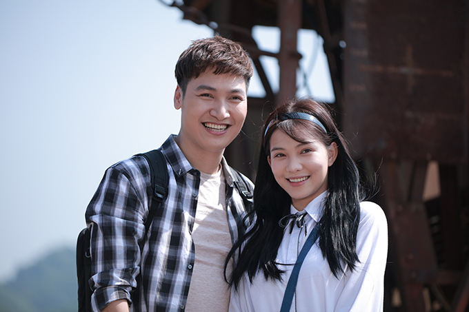 Mạnh Trường và Lưu Đê Ly trong Chạy trốn thanh xuân.