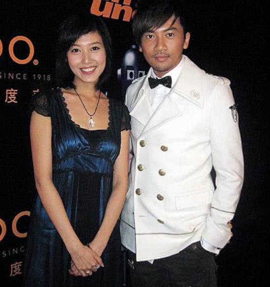 Cao Lộ và bức ảnh chụp chung với Tô Hữu Bằng.