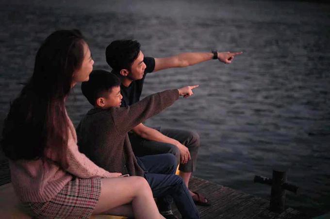 Gia đình nhỏ của Cường Đôla và Đàm Thu Trang về quê Lạng Sơn để chúc Tết, sau đó bắt đầu chuyến du lịch cùng bé Subeo tới một khu resort riêng tư ở Đà Lạt. Con trai của Hồ Ngọc Hà rất thân thiết với mẹ kế, cả nhà đã có những giây phút bình yên và hạnh phúc bên nhau trong những ngày Tết nguyên đán.