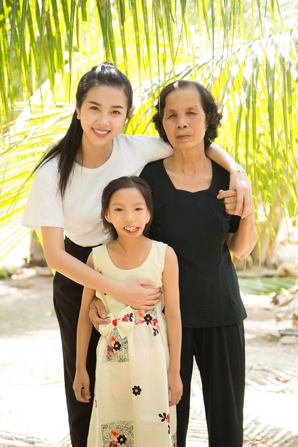 Á hậu 2 Hoa hậu Việt Nam 2018 - Nguyễn Thị Thúy An vừa