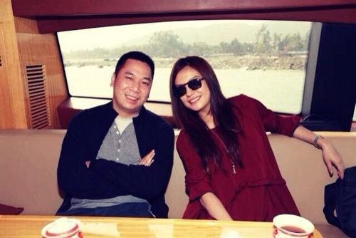 Triệu Vy và chồng, doanh nhân Huỳnh Hữu Long.