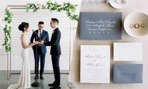 Tiệc cưới tối giản của cặp dành cả thanh xuân cho nhau