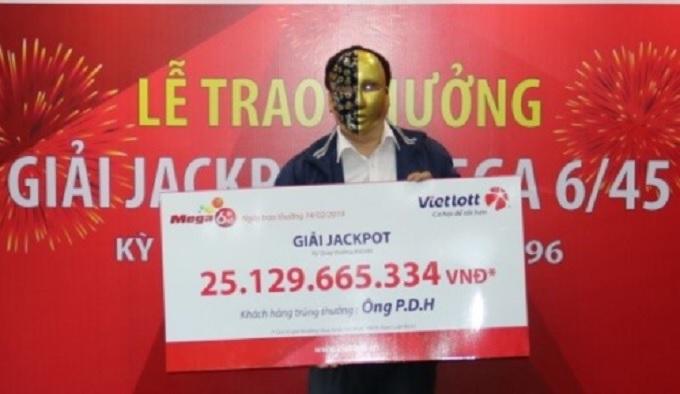Vị khách nhận giải Jackpot trị giá 25,1 tỷ đồng.