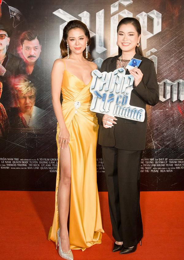 Diễn viên Lâm Vỹ Dạ đi ra mắt phim thay ông xã Hứa Minh Đạt.