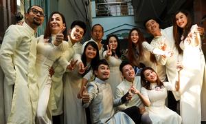 Dàn phù dâu, phù rể 'quậy' trong hôn lễ Anh Tài - Vũ Ngọc Ánh