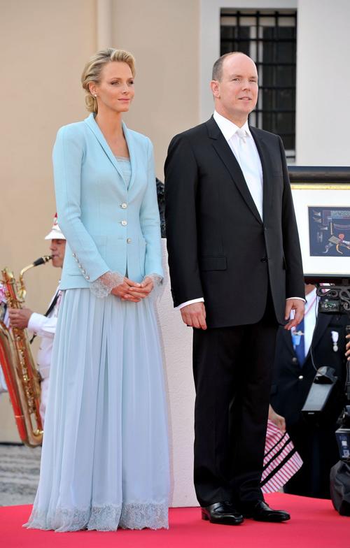 Cô dâu Charlene và chồng trong hôn lễ ngày 1/7/2011. Ảnh:Pinterest