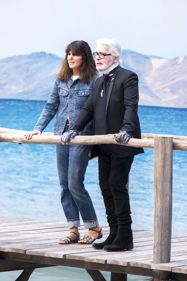 Chanel biến bảo tàng thành bãi biển  - 10