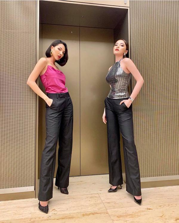 Trong showbiz Việt, bộ đôi Kỳ Duyên - Minh Triệu cũng thường xuyên sử dụng các mẫu quần vải ống suông để phối đồ dạo phố. Chị em công sở có thể học hỏi từ hai người đẹp để khiến hình ảnh của mình ấn tượng hơn trong mắt người đối diện.