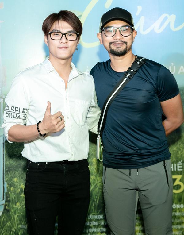 Diễn viên Lâm Vinh Hải tới chúc mừng đạo diễn Huỳnh Đông ra mắt bộ phim xúc động về tình cảm gia đình, tình mẫu tử.