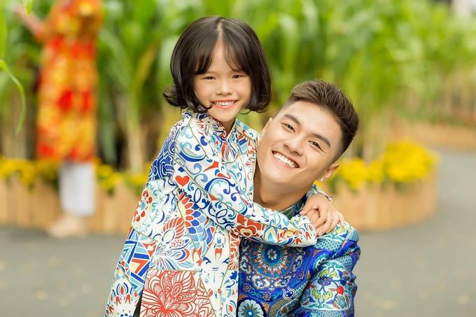 Lâm Vinh Hải và con gái.
