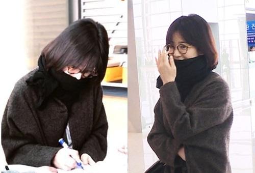Song Hye Kyo bị nghi ngờ hôn nhân trục trặc vì không đeo nhẫn.