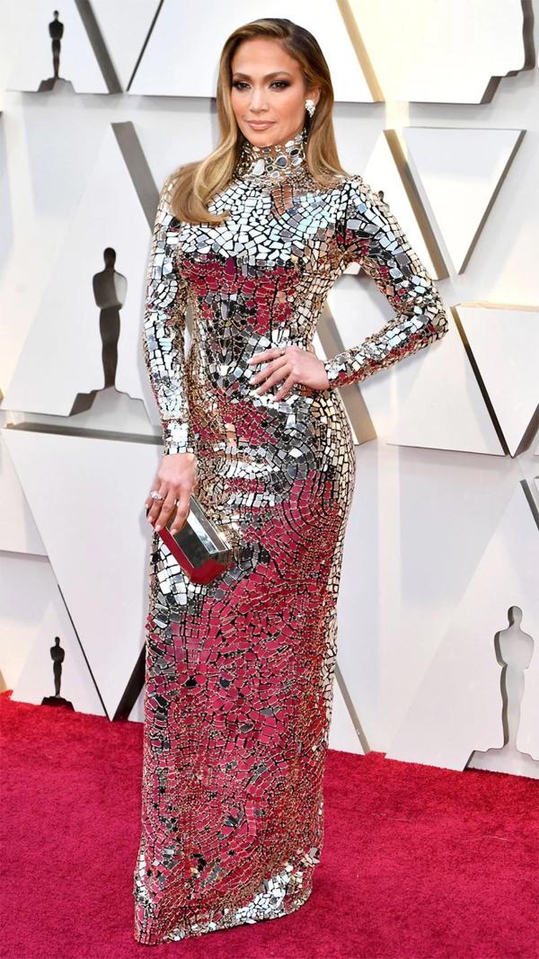 Ca sĩ kiêm diễn viên Jennifer Lopez.