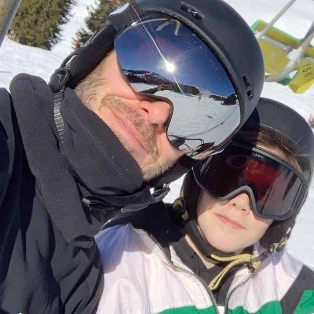 Becks selfie cùng con trai thứ ba Cruz.