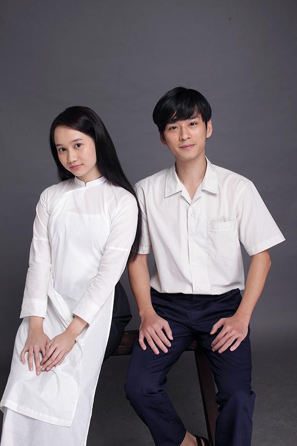 Trúc Anh (trái) và Trần Nghĩa thử tạo hình cho nhân vật phim Mắt biếc.