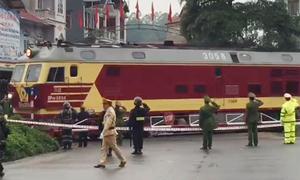 Đoàn tàu bọc thép của Kim Jong-un đến ga Đồng Đăng