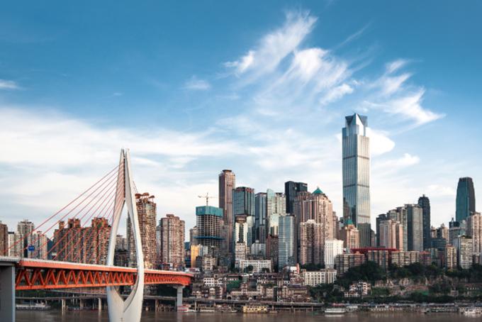Đến nay, Longfor đã trở thành một trong những nhà phát triển trung tâm mua sắm lớn nhất Trung Quốc. Công ty ước tính khoảng 300 triệu người đã đến thăm trung tâm của họ trong năm 2017.