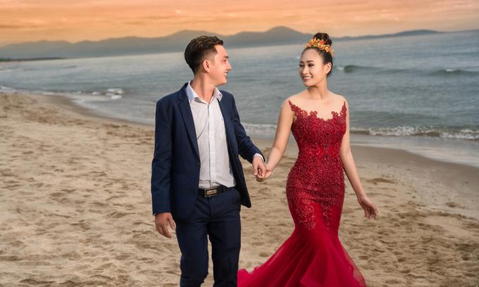 Diễn viên Thùy Trang tiết lộ ảnh cưới với ông xã doanh nhân