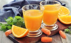 5 công thức nước ép hoa quả giúp thanh lọc da, trị mụn