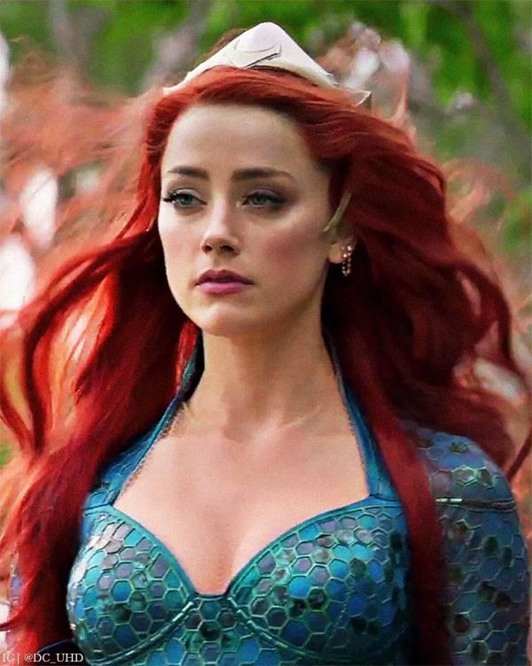 Amber Heard đóng chính trong bộ phim thành công lớn về doanh thu năm 2018 Aquaman.