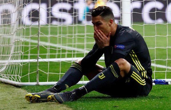 C. Ronaldo đang thăng hoa ở Serie A nhưng nhiều khả năng bị loại ở Champions League.