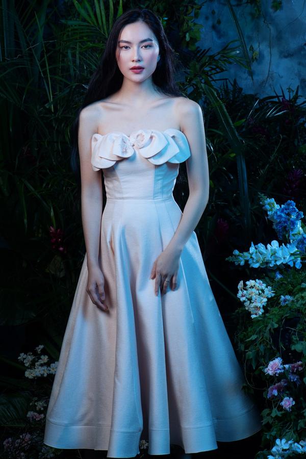 Đặng Thu Thảo diện đầm dạ hội khoe vẻ đẹp mong manh - 11