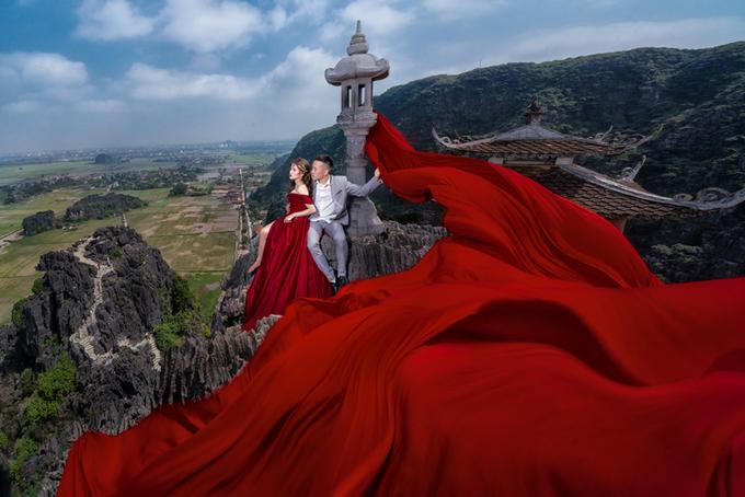 Ảnh cưới ở 'phim trường thiên nhiên' Ninh Bình của nhiếp ảnh gia 9X