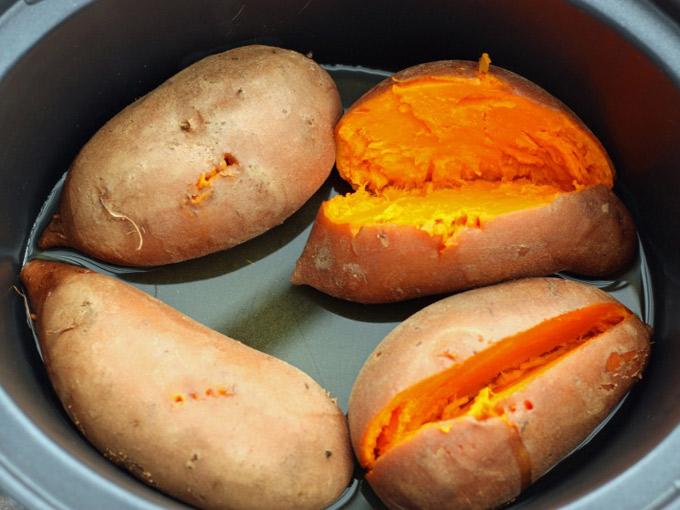 Theo nghiên cứu của cơ quan phòng chống ung thư Nhật Bản, khoai lang là loại thực phẩm hàng đầu chống ung thư. Trong đó, khoai lang chín cao nhất, sau đó tới khoai lang sống.
