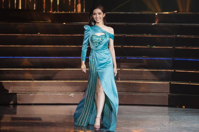 Đỗ Nhật Hà bị chê mặc sến ở bán kết Hoa hậu Chuyển giới Quốc tế - 2
