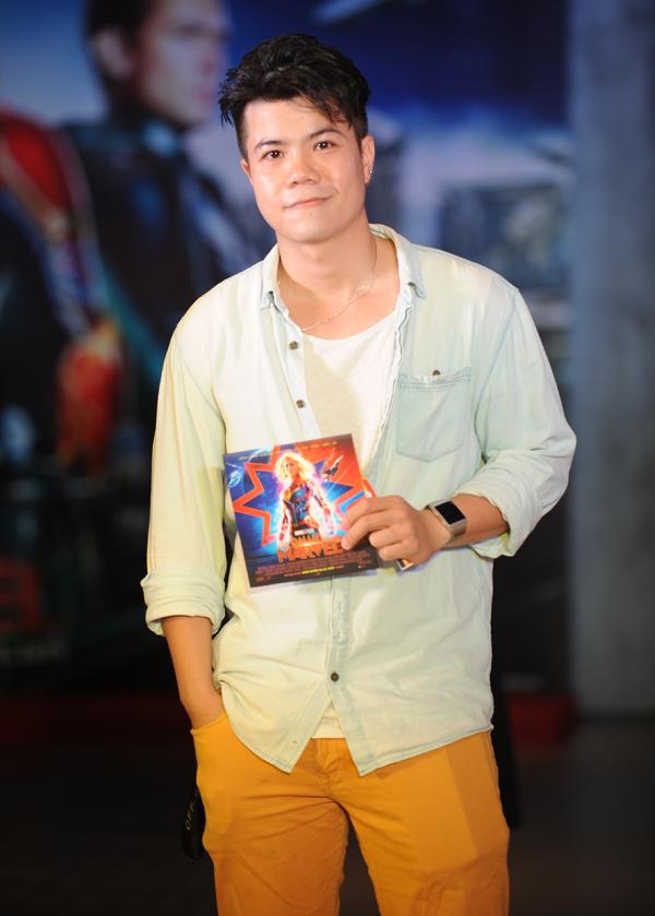 Đinh Mạnh Ninh cũng là một trong những khán giả đầu tiên tại Việt Namđược thưởng thức phim Đại úy Marvel.