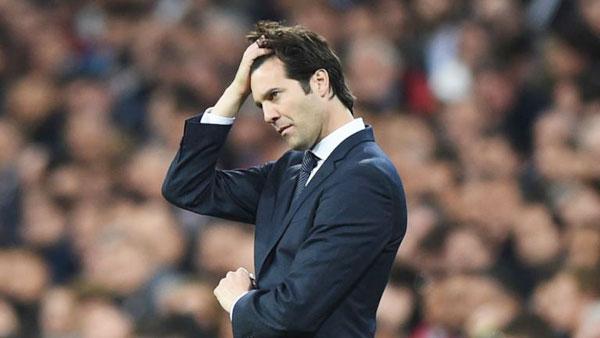 Trong vòng một tuần, thầy trò HLV Solari nhận ba thất bại liên tiếp trong đó có hai trận thua trước kình địch Barca.