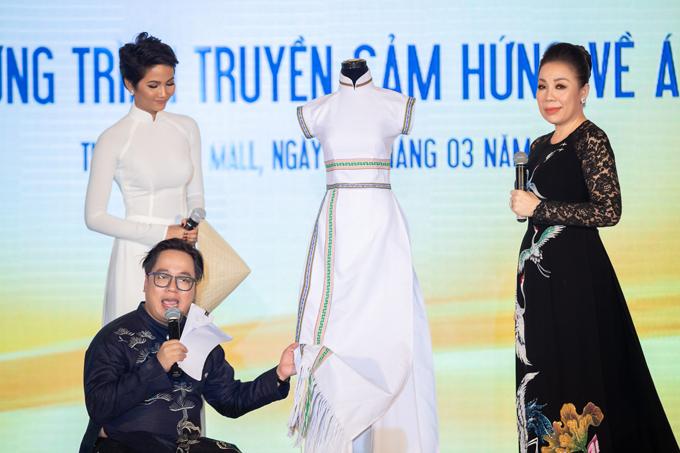 HHen Niê được Linh San tặng mẫu áo dài đặc biệt - 3