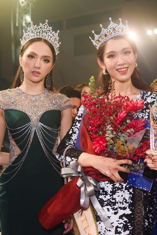 Hương Giang (trái) và Nhật Hà,